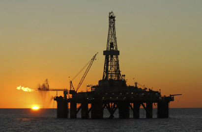 Rising oil prices boost FTSE