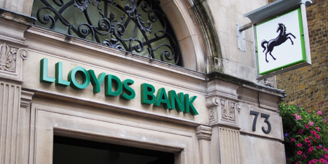 Lloyds poaches HSBC executive to replace current head featured picture