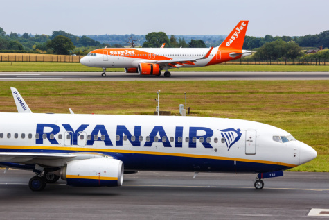 UK-listed airlines rally as travel rules are loosened featured picture